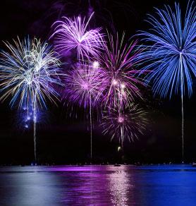 fireworks_water.jpg