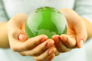 green-globe-hands