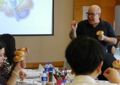 josh-freedman-teaching-about-the-brain-in-china